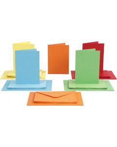 Kort og konvolutter, kort str. 10,5x15 cm, konvolutt str. 11,5x16,5 cm, ass. farger, 50 sett/ 1 pk.