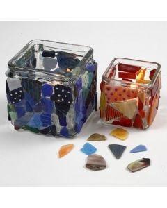 Lysglass med mosaikk og porselenstusj