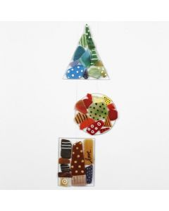 Glassoppheng med mosaikk og porselenstusj