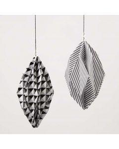 Rombeformede kuler av Paris designpapir