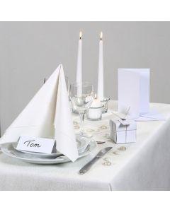 Inspirasjon til fest med hvit borddekking, bordpynt m.m.
