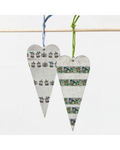 Dekorerte hjerter av sink i papirbast