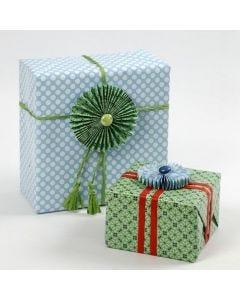 Innpakning og rosetter i papir fra Vivi Gade