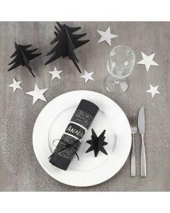Juleoppdekking med bordpynt i svart og sølv