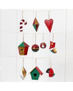 Juleoppheng av papp, malte og pyntet