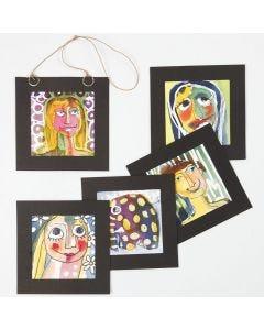 Portrett laget med akvarellfarger og tegnegummi