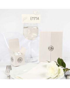 Bryllupspynt med romantiske paljetter og stickers