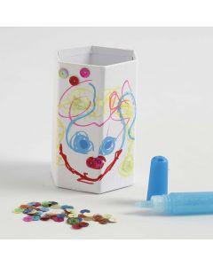 Sekskantet blyantholder med tusjtegning, glitter og paljetter