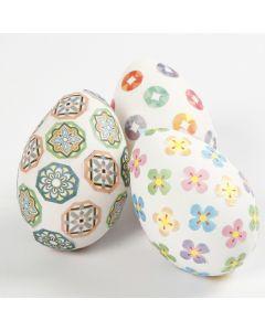 Egg pyntet med masking tape