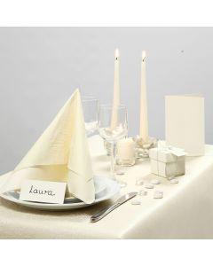 Inspirasjon til fest med råhvit borddekking, bordpynt m.m.