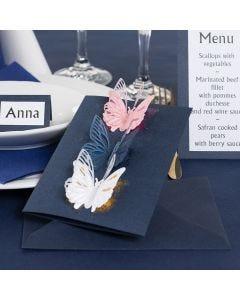 Invitasjon med utstansede sommerfugler og dekorasjonsfolie