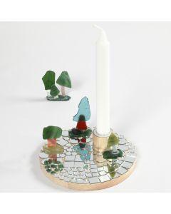 Lysestake pyntet med mosaikk
