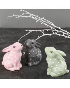 Kaniner a porselen dekorert med porselensmaling og porselenstusj