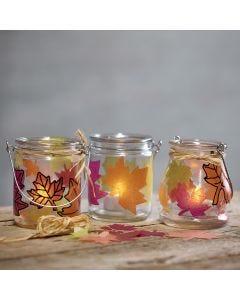 Lanterner med utstansede blad