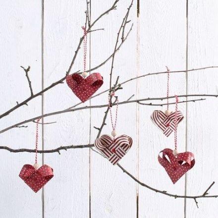 Hjerter flettet av stjernestrimler
