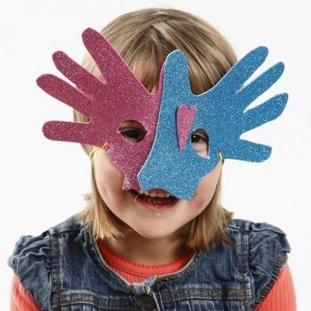 Maske av mosgummi etter hender