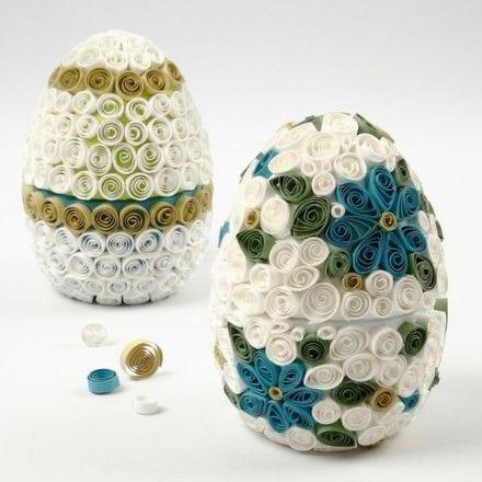 Egg av papp med quilling