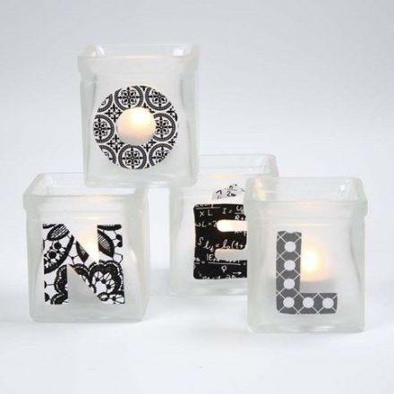 Lysglass med frost effekt og decoupert tekst