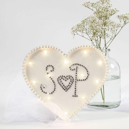 Hjerte lysboks dekorert med rhinsten og halv-perler