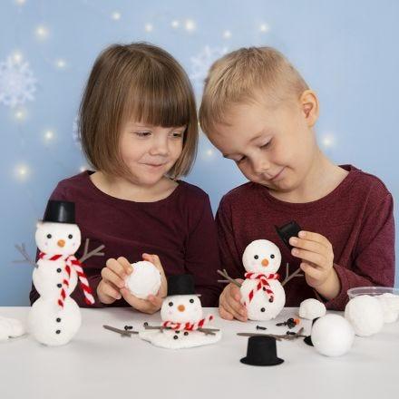 Bygg en snømann av isopor og Foam Clay
