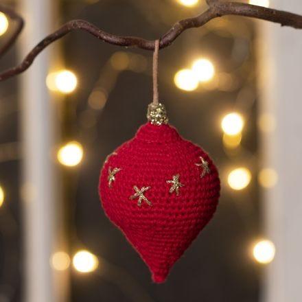 Heklet dråpeformet ornament av bomullsgarn