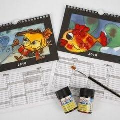 Kalender med skjønne motiver og utskiftbar bakgrunn