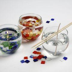 Gelélys pyntet med glassmosaikk