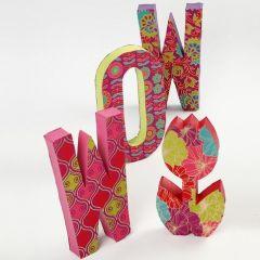 Pappbokstaver med håndlaget papir