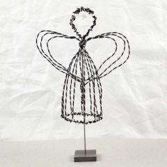 Engel på fot av svart alutråd med diamond cut