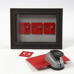 Kartonghjerter i 3D-ramme med glass