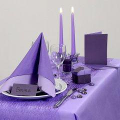 Inspirasjon til fest med lilla borddekking, bordpynt m.m.