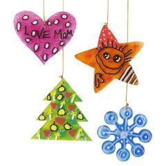 Juleoppheng av malt og tusjtegnet akryl