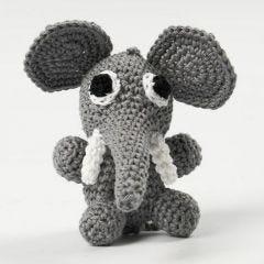 Heklet elefant, som sitter