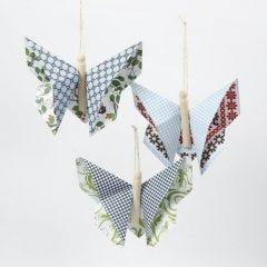 Sommerfugl av origami av London designpapir fra Vivi Gade