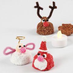 Liten julefigur av Foam Clay med LED te-lys inni