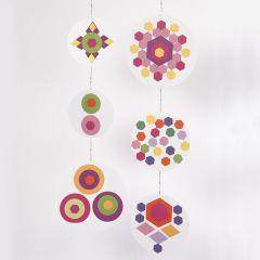 Uro med collage av farget papir