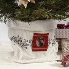 Sydd pose som potteskjuler til juletre