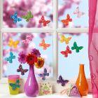 Fargerike sommerfugler laget av Fimo leire