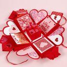 Eksplosjons boks dekorert til valentinsdagen