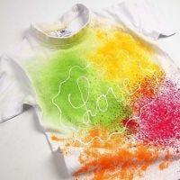 T-shirt med spraymaling
