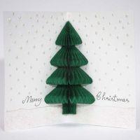 Julekort med grantre av harmonikapapir