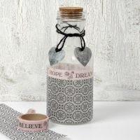 Glassflaske med decoupage og pynt fra designserien Paris