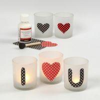 Lysglass med kjærlighetsbudskap av pålimt papir