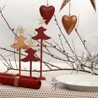 Kobber- og rødmalt bordpynt