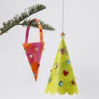 Kremmerhus og juletre med glittermaling og rhinsten