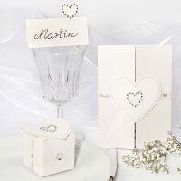 Bryllupspynt med rhinstensbesatte hjerter
