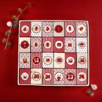 Julekalender av 24 esker med lokk