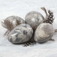 Egg a la marmor laget av leire blandet med Idea mix