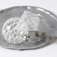 Glassoppheng dekorert med 3D Snow effect