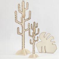 Kaktus og blad dekorert med sviapparat.